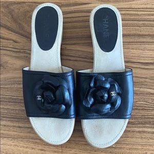CHANEL leather mule sliders Size 39